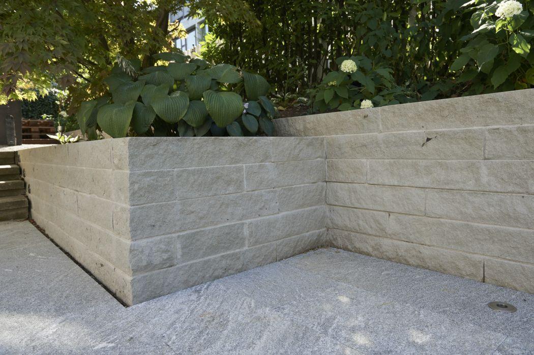 natursteine im garten tanner gartenbau ag. Black Bedroom Furniture Sets. Home Design Ideas